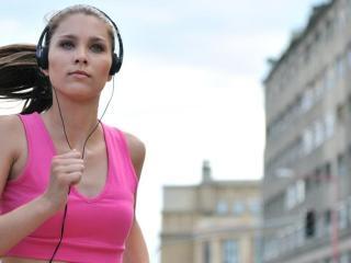 Самая подходящая музыка для занятий фитнесом