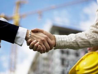 Женщина в строительном бизнессе
